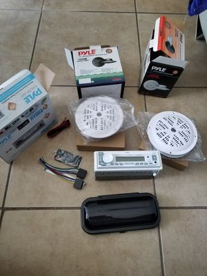 Marine Pyle Radio Set with 4 speakers and Cover. for Sale in Miramar, FL