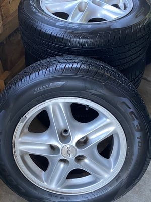 F Body wheels Like New Tires 235/65R16 for Sale in Stockton, CA