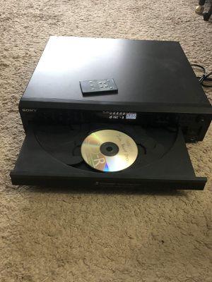 DVD 📀 5 CD 💿 for Sale in Skokie, IL