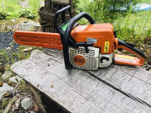 Stihl MS250 chainsaw with scabbard for Sale in Mountain Top, PA