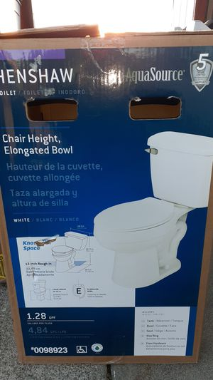 Hershaw toilet 1.28 gallons per flush for Sale in Fairfield, CA