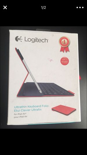 Ultra thin keyboard folio for Sale in Dallas, TX
