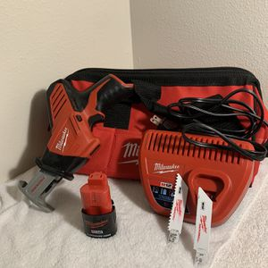 Milwaukee M12 HacksaLL Kit for Sale in Salem, OR