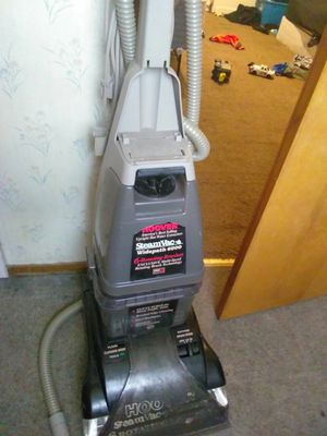 Hoover vacuum carpet cleaner for Sale in Pittsburgh, PA