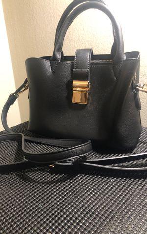Black crossbody bag for Sale in Middletown, CT