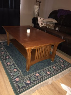 Moving today need gone!! Adjustable Coffee Table for Sale in Metolius, OR