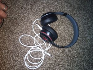 Solo beats , not original cord for Sale in Tucson, AZ