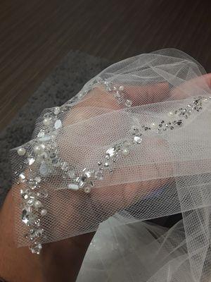 Bravura Wedding Veil - Never Used! for Sale in Doraville, GA