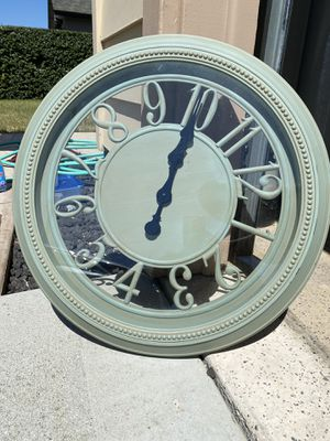 Clock for Sale in Salinas, CA