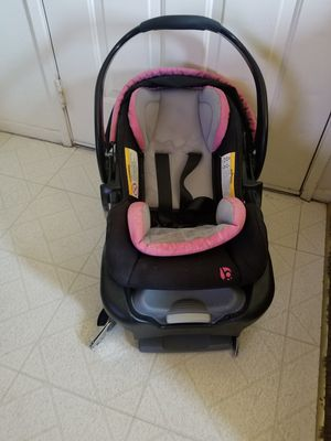 Car seat for Sale in Brawley, CA