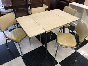 1940's midcentury Sears and Roebuck kitchen chairs and table for Sale in Wahneta, FL