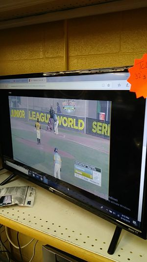 TCL Smart TV 32 inch for Sale in Austin, TX