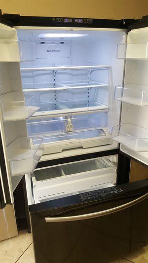 Refrigerador samsung for Sale in Glendale, AZ