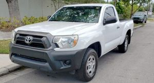 2014 TOYOTA TACOMA for Sale in Hialeah, FL
