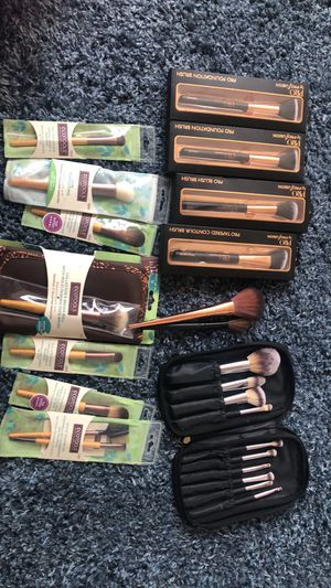 Makeup Brushes for Sale in Davenport, FL