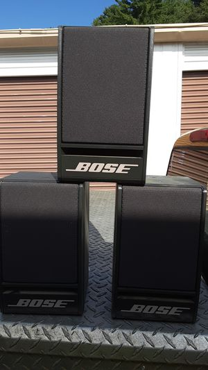 3 bose book shelf speakers for Sale in Ayer, MA