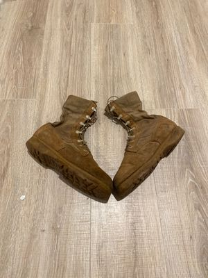 Boots Working / Army Boots Size 8.5-9 Used for Sale in Fort Belvoir, VA