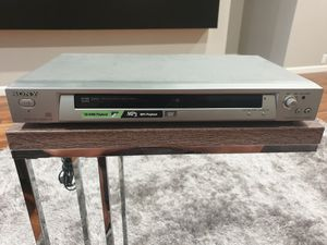 CD DVD PLAYER MP3 VERY GOOD CONDITIONS $35 for Sale in Hickory Creek, TX