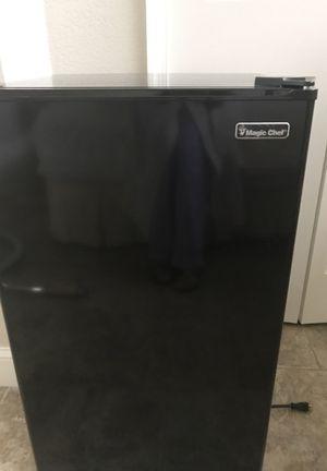 Mini fridge for Sale in Weston, FL