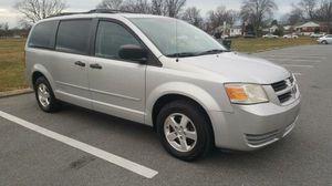 2008 Dodge Grand Caravan SE *DVD *BACKUP CAMERA for Sale in Adelphi, MD