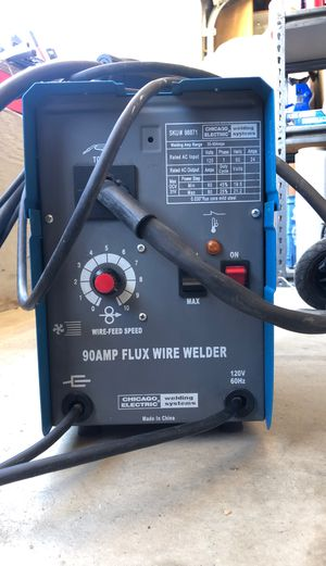 Chicago electric welding system 90 amp flux wire welder for Sale in Oak Hills, CA