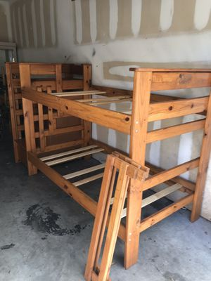 TWIN BUNK BED WITH DRAWERS and safety rails good condition for Sale in Tampa, FL