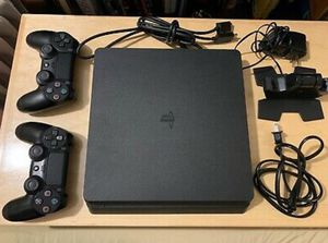 Sony playstation 4 slim 1TB for Sale in Houston, TX