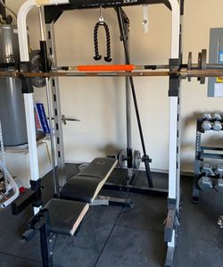 SMITH MACHINE --> FULLY ADJUSTABLE WEIGHT BENCH AND SMITH MACHINE ONLY for Sale in Fort Worth,  TX