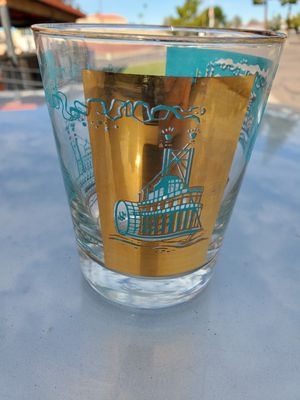 SoCo rocks glasses - Collectable.. 22KT gold plated for Sale in Phoenix, AZ