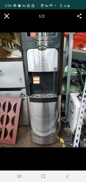 Costco water heater cooler for Sale in Bainbridge Island, WA