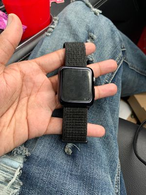 Apple Watch series 3 42mm for Sale in Fort Washington, MD