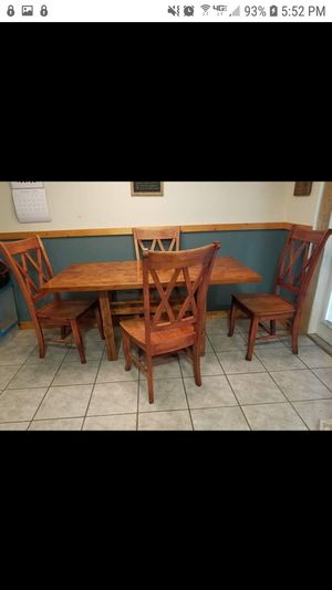 All wood dining table and 4 chairs for Sale in Pinellas Park, FL