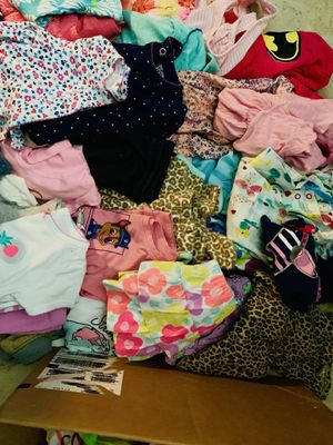 12-18 months Girls clothes bundle for Sale in Boca Raton, FL