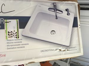 Kitchen sink for Sale in Lansing, MI