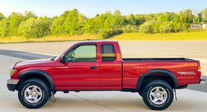 ☎️RED TRUCK ☎️ GREAT ENGINE ☎️ TOYOTA TACOMA 04 ☎️ for Sale in West Valley City, UT