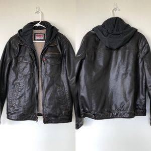 LEVIS ~ Mens Brown Red Label Sherpa Trucker Bomber Aviation Jacket w/Hoodie Sz Small. Great condition, smoke free home. for Sale in Washington, DC