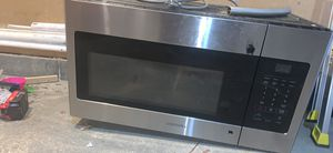 Over range Samsung microwave for Sale in Pittsburgh, PA