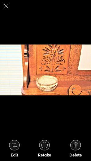 Description USA MADE GLAZED POTTERY BOWL for Sale in Lynchburg, VA