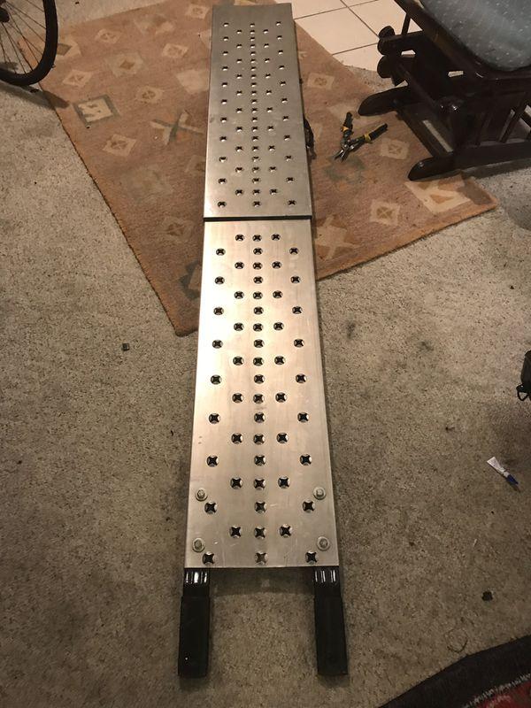 """7' x 12"""" aluminum ramp"""