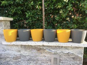 SET of 6 BRAND NEW Flower Pots / Planters for Sale in Vista, CA