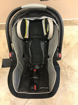 Graco Baby Car Seat - Infant Car Seat for Sale in Houston, TX