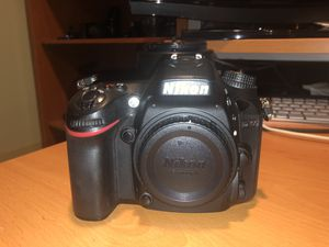 Nikon D7100 + SB 700 Flash + Lenses (OBO) for Sale in Chicago, IL