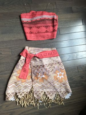 Disney's Moana Costume (girls size 4-6) for Sale in Kennett Square, PA