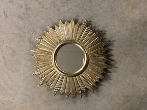Wall mirror for Sale in North Ridgeville, OH