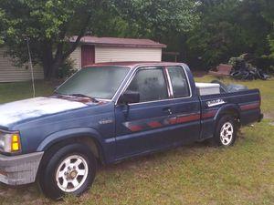 89 mazda b2200 needs fuel pump&clutch needs bleeding $700 for Sale in Milledgeville, GA