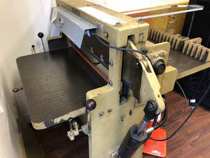 Challenge 305 HB Paper Cutter for Sale in Honolulu, HI
