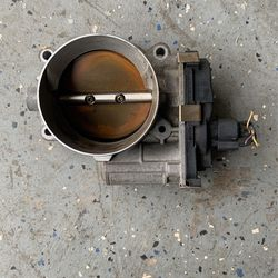 Throttle Body Part GMC, Chevrolet, GM SUVs for Sale in Charlotte,  NC
