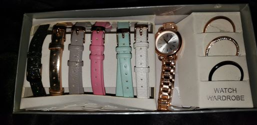 rose gold watch set for Sale in Prineville,  OR