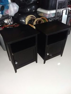 """2 beautiful end tables, 19"""" wide, 15"""" deep, 25"""" high, only need little glue in one side you can see the pictures. for Sale in Port Richey, FL"""