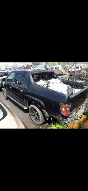 2010 Honda Ridgeline. For parts and transmission Ava for Sale in Rockville, MD